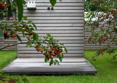 Private Gartenanlage Terasse Dusche Sichtschutz Lärche Rombusschallung unbehandelt (2)